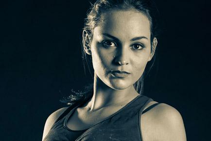 Charne Esterhuizen Fit Featured - Jen Leheny Photography in Canberra