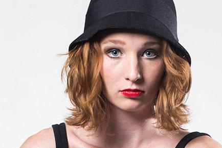 Lara Schroeder Black Hat - Jen Leheny Photography in Canberra